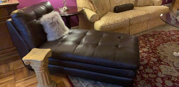 Tremendous Brown Leather Sofa With Throw Pillows Caraccident5 Cool Chair Designs And Ideas Caraccident5Info