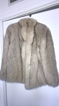 High quality Real Fur Coat Toronto, M6A 0B5