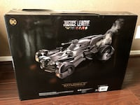 NEW Ultimate Justice League Batmobile R/C Car  Templeton, 93465