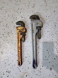(2) Pipe Wrenches