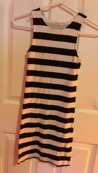 black and white stripe sleeveless dress Brampton, L6S 3G8