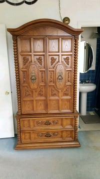Solid wood armoire Mount Prospect, 60056