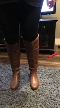 Women's size 11 brown leather boots, brand new never worn