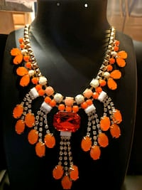 fall orange necklace  Aldie, 20105