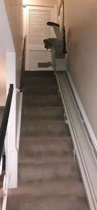 Stair lift ,( 13 steps) maximum weight 400lbs Silver Spring, 20906
