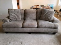 Very comfortable couch Silver Spring