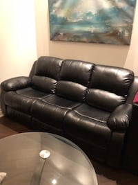 Black leather couch - end chairs are recliners - brand new condition  Aurora, L4G 3W2