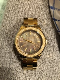 round gold Michael Kors chronograph watch with link bracelet 24 km