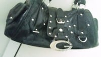 Black Leather GUESS purse. used only a few times Edmonton, T5G 2H8