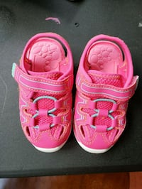 Size 3 Baby sandals Norwood, 02062