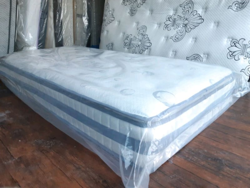 Westload manifacture New King mattress clearance.  3