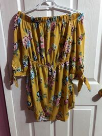 NEW Yellow Floral Off the Shoulder Dress  Toronto, M1W 3H7