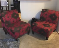 2 living room chairs Vacaville, 95687