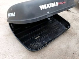 yakima vehicle luggage compartment