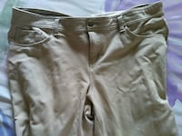 4 yoga pants extra large tall and one khaki size18 Willingboro, 08046