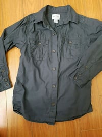 Size 5-6 boys button down shirt Langley, V2Y 3G1