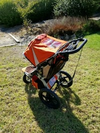 BOB Revolution Orange jogging stroller Salinas, 93901