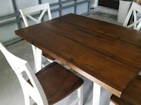 Antique wooden looking rable with 4 chairs Brownsville, 78526