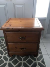 Brown wooden 2 drawer night stand  Vaughan, L4L 7J4