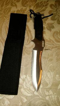 black and gray knife with shealth Reno, 89510
