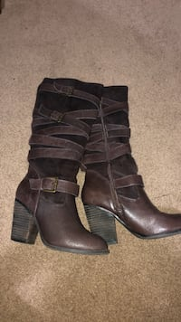 Brown boots! Size 7 Seattle, 98106