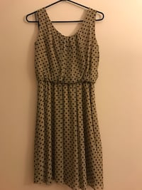 Beige polka dot dress Surrey, V3T 5V2