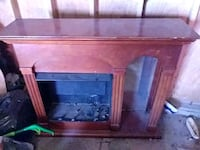 Heated electric fire place with mirror  Joliet, 60436
