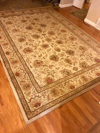 Brown and white floral area rug(wool) Liberty Lake, 99019