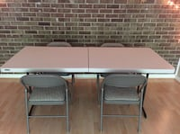 Folding table and the chairs College Park, 20740