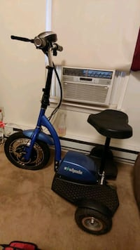 3 wheel E- scooter. No keys or charger but besides works very well
