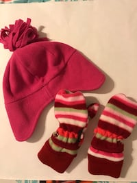 Girls 2T-5t hat and gloves  Woodbridge, 22193