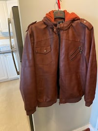Men's XL Winter coat with hood Mississauga, L5N 2R4