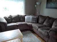 Great condition sectional (Delivery Included) Gatineau, J9J 0S8