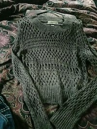 S knitted sweater  Johnson City, 37615