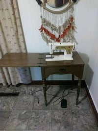 1960s vintage singer sewing machine Gastonia, 28052