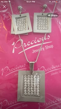 Silver pendant earrings set Brampton, L6R