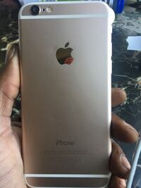 Gold iphone 6 unlocked to any carrier New York, 11212