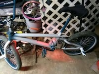 bikelong frame no bar under sweet can't find any l Winchester, 40391