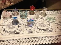 ** ON SALE ** ALOT OF BEAUTIFUL GLASS FIGURINES..