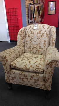 white and brown floral sofa chair Modesto, 95355