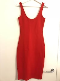 Shaping Red Dress with Scoop Neck 786 km
