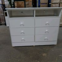 white wooden 6-drawer lowboy dresser Los Angeles, 90059