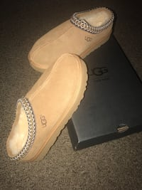 BRANDNEW!!! Men's Ugg Slipper Size 12 Silver Spring, 20906