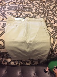 Guys shorts size 32 Los Angeles, 91405