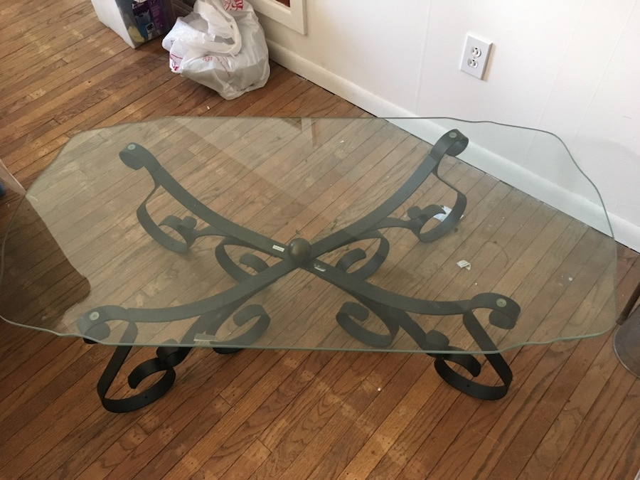 Used pewter base glass top coffee end table in east norriton for 52 glass table top