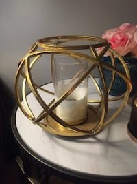 Gold decorative candle holder Calgary, T2S 0E3
