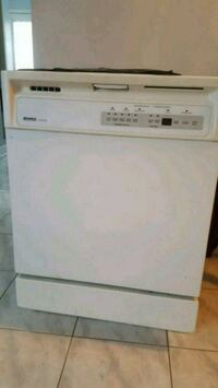Dishwasher used need to see $40.00 Ford parts Toronto, M6G