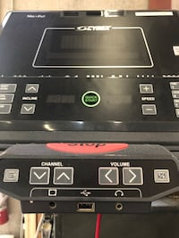 Cybex 750T interactive media commercial treadmill  North Vancouver, V7P