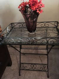 black metal framed glass top table Sachse, 75048
