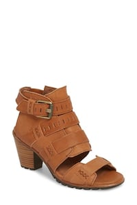 Sorel Nadia buckle bootie shoes heels